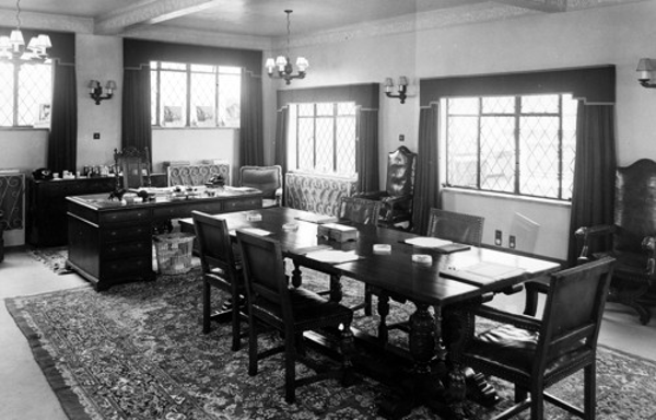 managers-office-1940